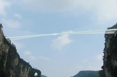 大峡谷玻璃桥项目拟在张家界大峡谷风景区