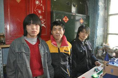 长春张氏三兄弟欲作微缩老邮政局