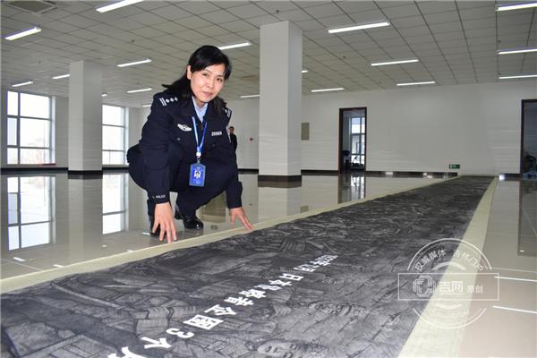 吉林女警用10年与好友画200米《抗日史诗》长卷 曾鉴定最低4千万