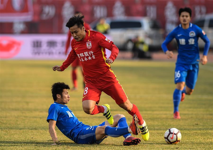 (体育)(5)足球——中超:长春亚泰胜河南建业