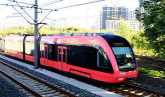"""畅通""""长马"""" 地铁轻轨增加车次运行"""