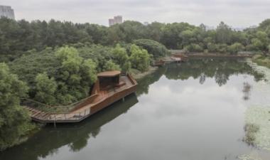 """无需申请自动送彩金58水文化生态园预计""""十一""""开放 有雕塑 有博物馆 还有森林栈道..."""