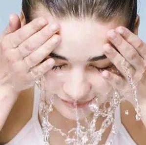先洗脸还是先洗头?这些