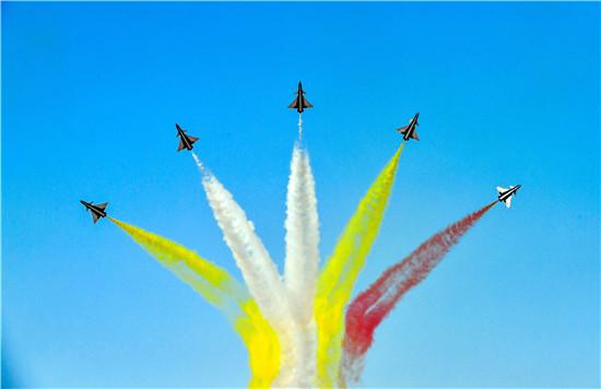 航空工业精彩亮相空军航空开放活动