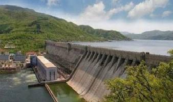 你认得它吗?吉林市老的丰满水电站—中国第一座大型水电站!虽然已经废弃...