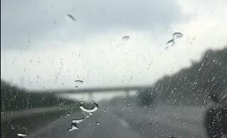 无滤镜 我在等待雨过天晴