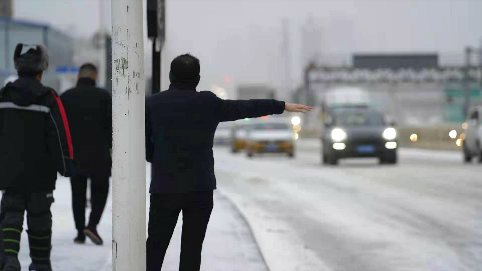 吉林广播网记者镜头里的第一场雪