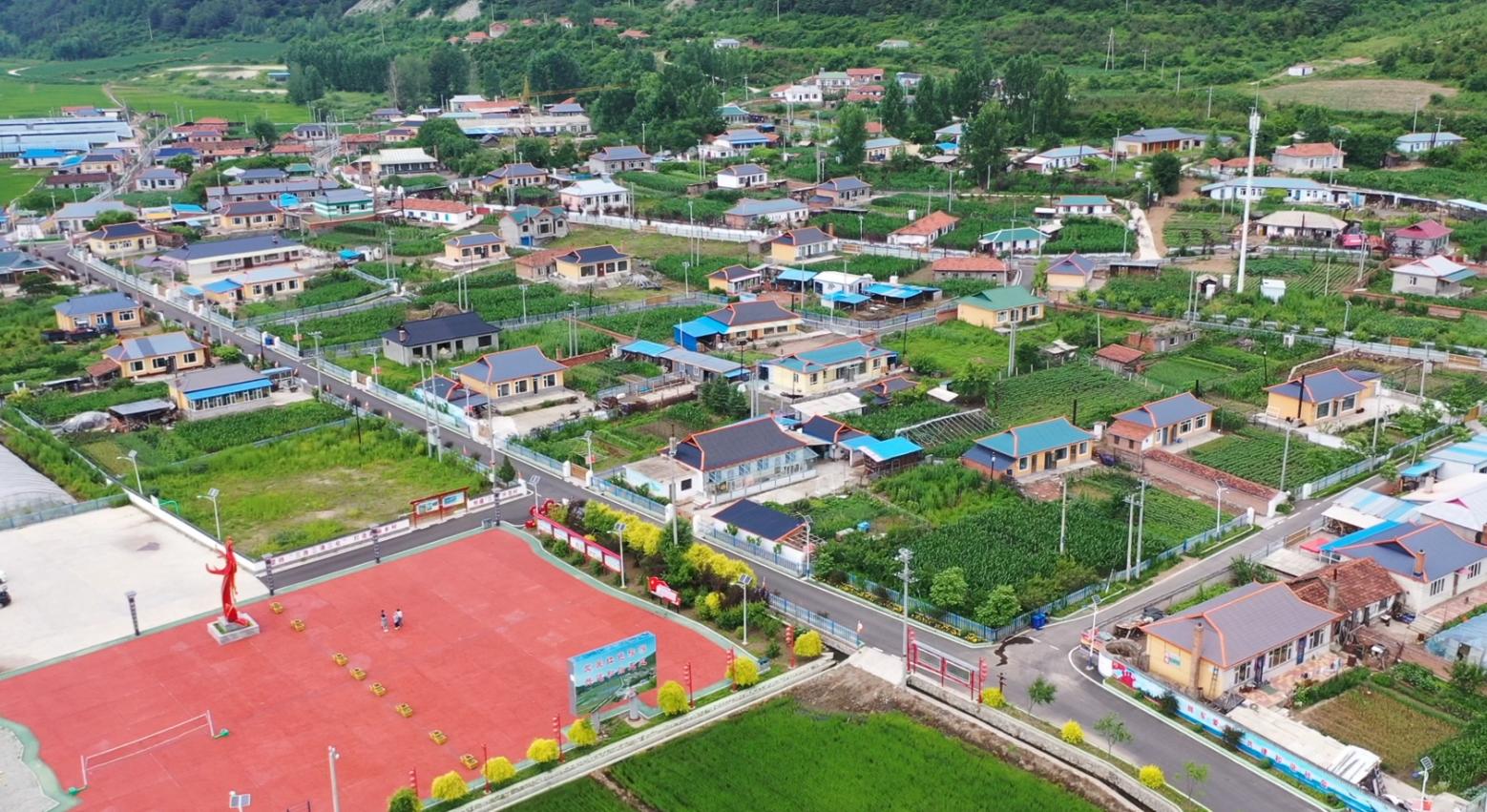 特色旅游富了五凤村